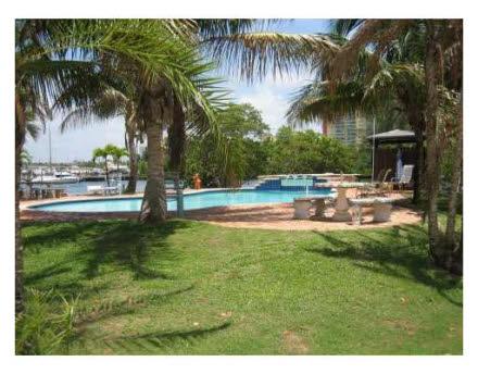 265 atlantic av miami beach florema immobilien in florida. Black Bedroom Furniture Sets. Home Design Ideas