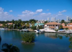 381 Poinciana Island Dr Unit: 381
